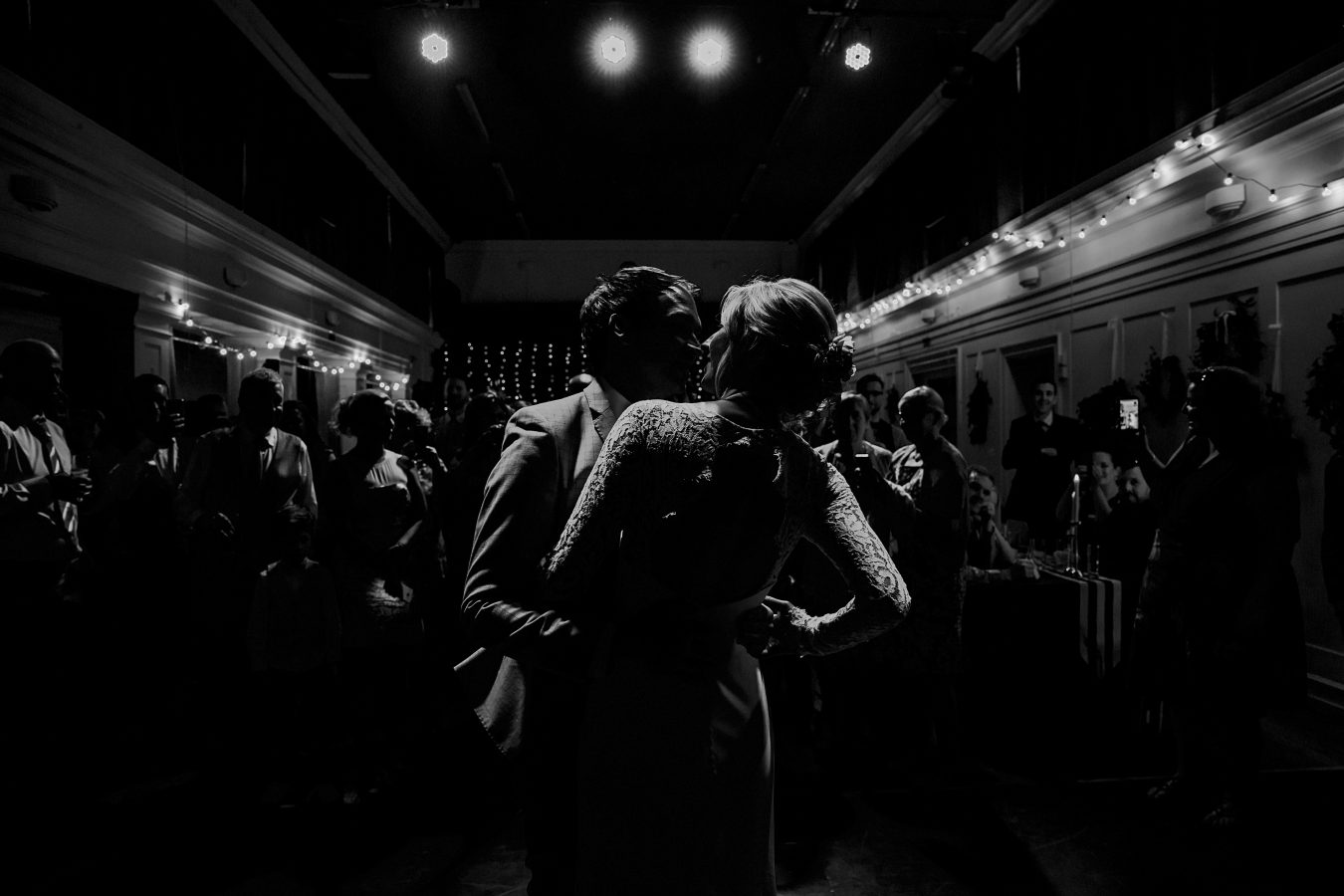 Sarah-Seamy-Jules-Barron-Alternative-Wedding-Venue-2018-864