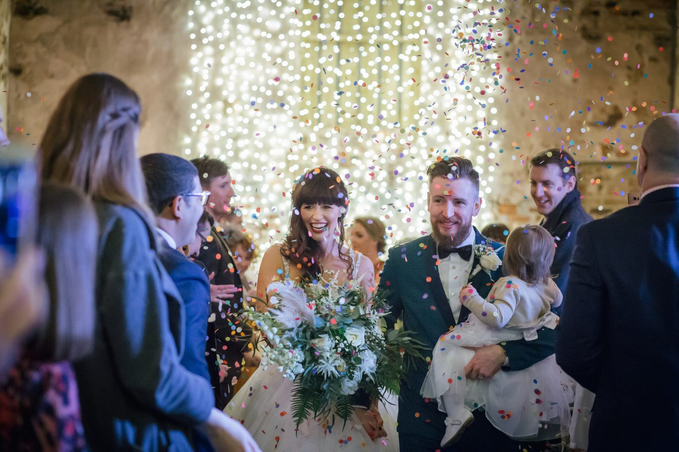The-Normans-Weddings-confetti